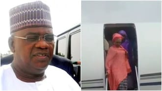 Two years after the death of his wife, former governor marries young bride