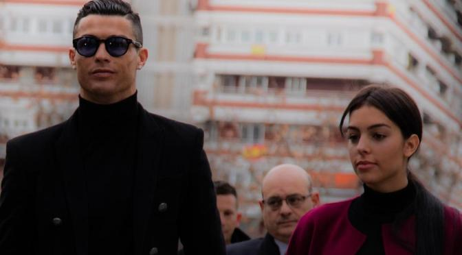 Ronaldo's partner Georgina Rodriguez flaunts her stunning backside in the gym (photo)