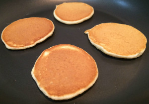 How to make Simple Scotch Pancakes