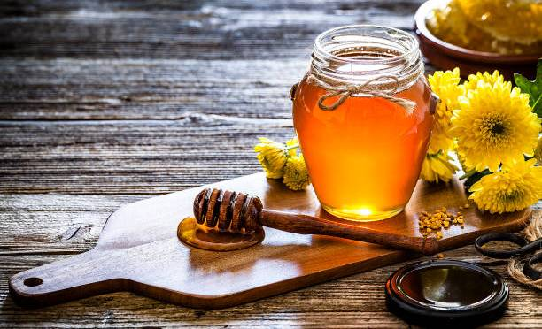 Here are 7 amazing benefits of honey 🍯you should know